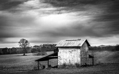 """Refreshed Tobacco Barn"",   Canon 5D Mk3, 24-70mm f/2.8L Mk2, No filters, Converted to B&W in Lightroom"