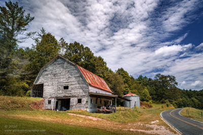 """""""Barn at the Bend"""",   Canon 5D Mk3, 24-70mm f/2.8L Mk2, Singh-Ray Color Combo Polarizer"""